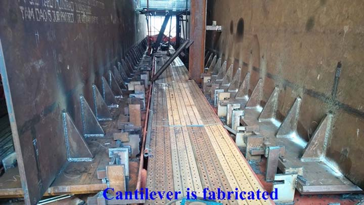 10122015_014548_PM_28.Cantilever fab.jpg